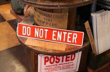 アルミエンボスサイン ENTER看板<div><br></div>アメリカ雑貨屋 サンブリッヂ 岩手雑貨屋