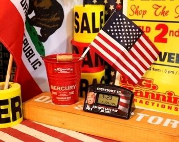 トランプ大統領グッズ カウントダウンタイマー 卓上時計 アメリカ直輸入 アメリカ雑貨屋 SUNBRIDGE