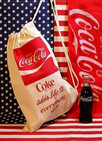 コカコーラ巾着<div><br></div>アメリカ雑貨屋 サンブリッヂ コーラ通販