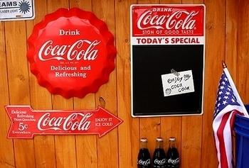 コカコーラブリキ看板 コーラ看板 矢印看板 アメリカ雑貨屋 サンブリッヂ コーラ雑貨通販