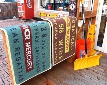 ガレージマットマット マーキュリーマット アメリカ雑貨屋 サンブリッヂ 玄関マット通販