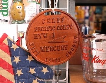マーキュリーアイアントリベット MERCURY 鍋しき アメリカ雑貨屋 SUNBRIDGE