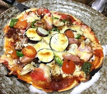 メラミンピザプレート リアルピザ皿 アメリカ雑貨屋 SUNBRIDGE