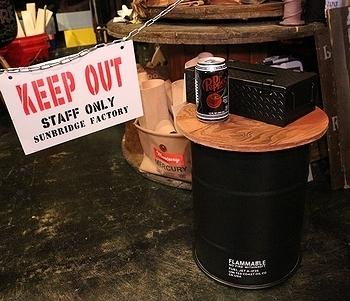 スチールドラム缶ゴミ箱 ドラム缶ダストボックス アメリカ雑貨屋 サンブリッヂ SUNBRIDGE ミリタリーゴミ箱