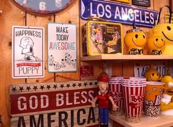 ビンテージスヌーピーブリキ看板 スヌーピーブリキ看板通販 アメリカ雑貨屋サンブリッヂ SUNBRIDGE 岩手雑貨屋 アメリカ雑貨通販