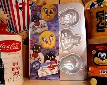ルーニーテューンズケーキ型 アメリカ雑貨屋 サンブリッヂ SUNBRIDGE 岩手雑貨屋 アメリカ雑貨通販