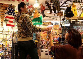 2店内 店内散策  アメリカ雑貨屋 サンブリッヂ SUNBRIDGE 岩手雑貨屋