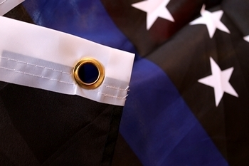 シンブルーライン星条旗 ブルーラインフラッグ アメリカ国旗タペストリー  アメリカ雑貨屋 SUNBRIDGE 岩手雑貨