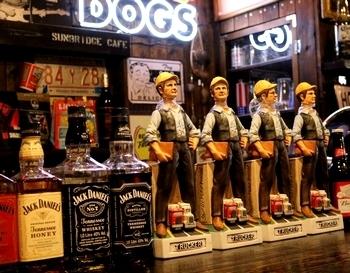 デキャンタトラッカー 酒ボトルトラッカー アメリカ雑貨屋 サンブリッヂ SUNBRIDGE 岩手雑貨屋 アメリカ雑貨通販