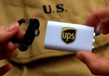 UPSライトカラビナ UPSLEDライト  アメリカ雑貨屋 サンブリッヂ SUNBRIDGE 岩手雑貨屋 アメリカ雑貨通販
