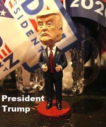 トランプ首振り人形 トランプ大統領ボビングヘッド アメリカ大統領グッズ アメリカ雑貨屋 アメリカン雑貨 サンブリッヂ 岩手雑貨屋 通販 矢巾町